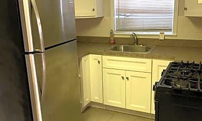 Kitchen, 585 60th St 5, 1