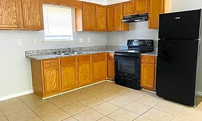 Kitchen, 3518 Arapaho Trail, 1