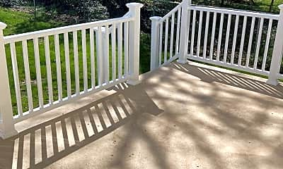Patio / Deck, 505 S Parke St, 2