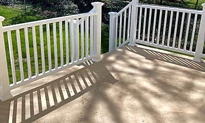 Patio / Deck, 505 S Parke St, 2