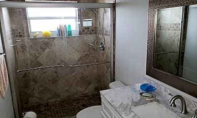 Bathroom, 1715 Larson St, 2