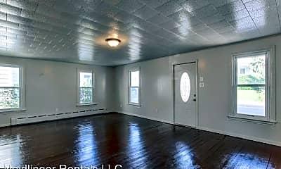 Living Room, 28 N 4th St, 1