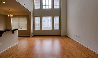 Living Room, 2119 Verona Dr, 1