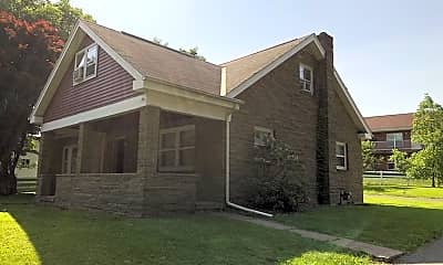 Building, 741 W Cherry Ln, 1