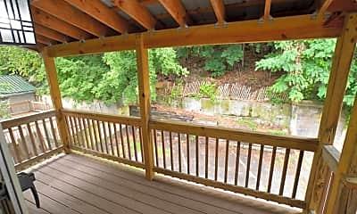 Patio / Deck, 237 River St B, 2