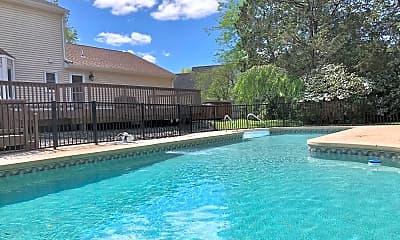 Pool, 105 Peacock Pl, 0