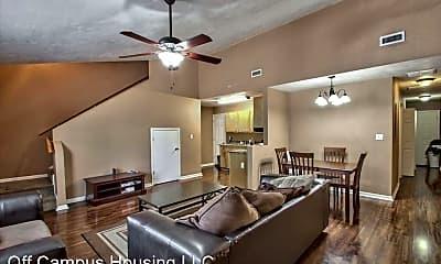 Living Room, 640 Eugenia St, 0