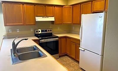 Kitchen, 651 NE Denver St, 2