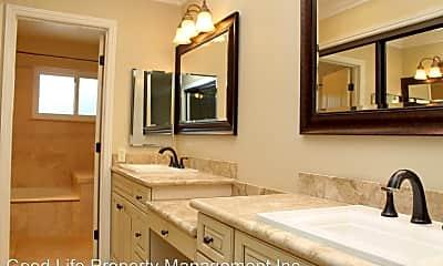 Bathroom, 10360 Scripps Trail, 0