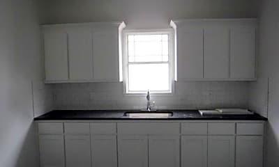 Kitchen, 2315 Gilford St B, 1