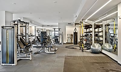 Fitness Weight Room, 750 N Glebe Rd 271, 2