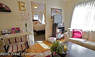 Living Room, 955 16th St, 1
