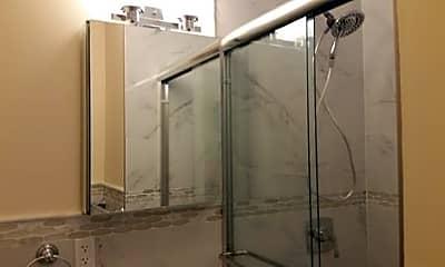 Bathroom, 222 E 58th St, 2