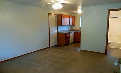 Building, 13915 SE Holgate Blvd, 1