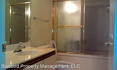 Bathroom, 1850 Atlantic Dr, 1