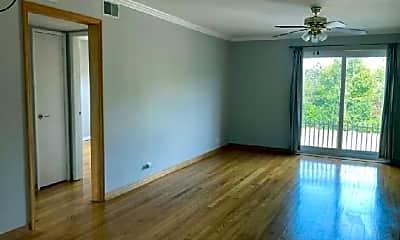 Living Room, 154 Green Bay Rd, 2
