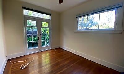 Living Room, 1808 Leavenworth St, 0