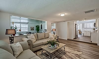 Living Room, 835 15th Ave N, 2