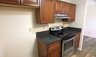 Kitchen, 607 Emily St, 0
