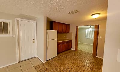 Kitchen, 9101 Gray Fox Ln, 2