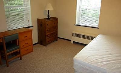 Bedroom, 225 S Buckhout St, 2