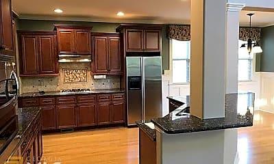Kitchen, 7 Vanderbilt Pointe Way, 2
