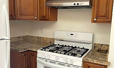 Kitchen, 3071 William Ave, 1