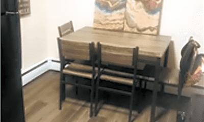 Living Room, 835 River Rd, 1