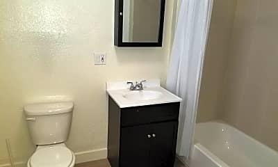 Bathroom, 632 San Bruno Ave, 2