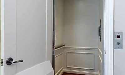 Bathroom, 103 W Chestnut St, 0