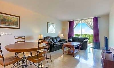 Living Room, 210 Seaview Dr 607, 1