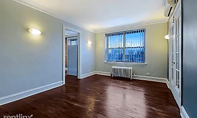 Living Room, 1000 Waukegan Rd, 2