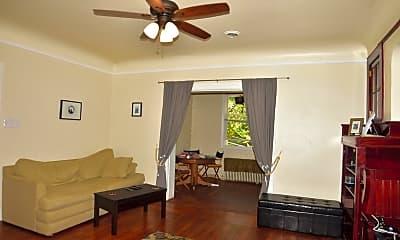 Bedroom, 5880 Burchfield Ave, 1