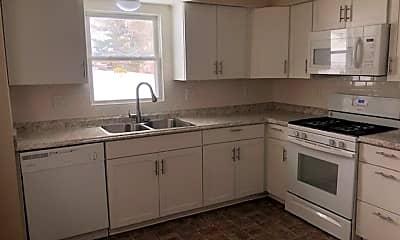 Kitchen, 215 Caulder Ave, 1