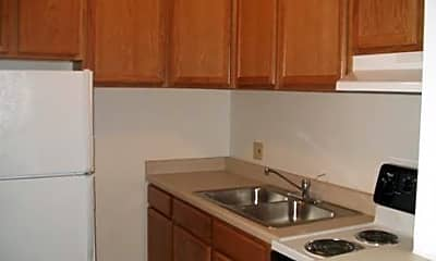 Butterfield Trails Apartments, 2
