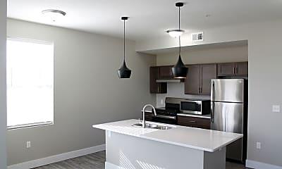 Kitchen, 701 W Cedar St, 1