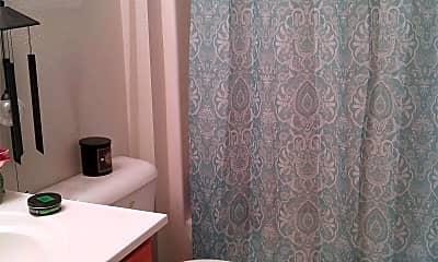 Bathroom, 204 Locust St, 2