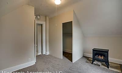 Bedroom, 1615 3rd St NE, 2