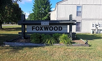 Foxwood Apartments, 1