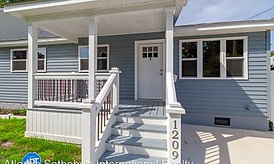 Patio / Deck, 1209 Oak Park Ave, 0