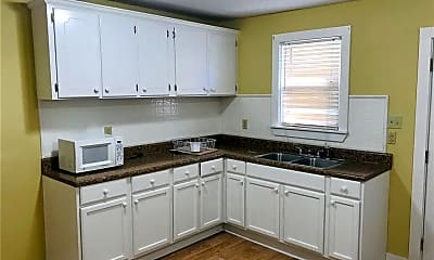 Kitchen, 73 Delmar St, 2