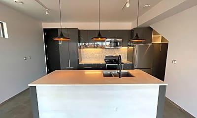 Kitchen, 3049 Lawrence St, 1