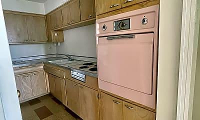 Kitchen, 6520 Windsor Ave, 0