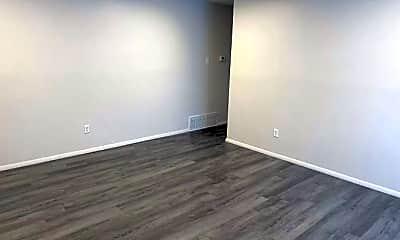 Living Room, 2030 Jordan Rd, 1