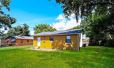 Building, 521 Monticello Ave, 2