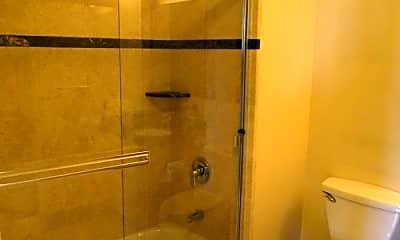 Bathroom, 199 Tiffany Ave, 1