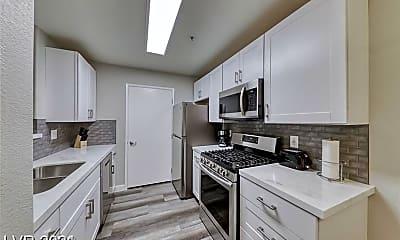 Kitchen, 950 Seven Hills Dr 2013, 1