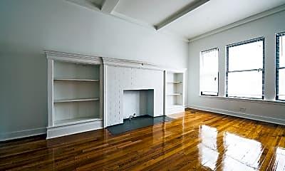 Living Room, 5300 S Michigan, 1