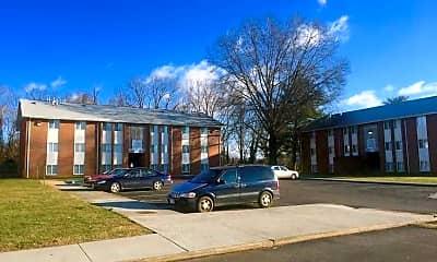 Building, Ashton Heights Apartments, 2