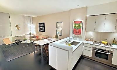 Kitchen, 25 Wall St, 1